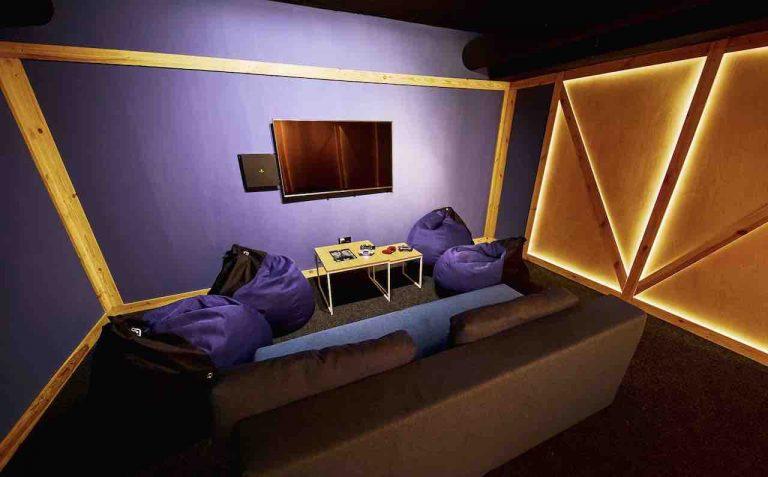 loft game bar room box artema 5-min