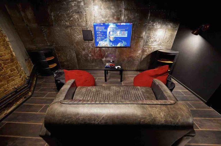 loft game bar room steel artema 4-min