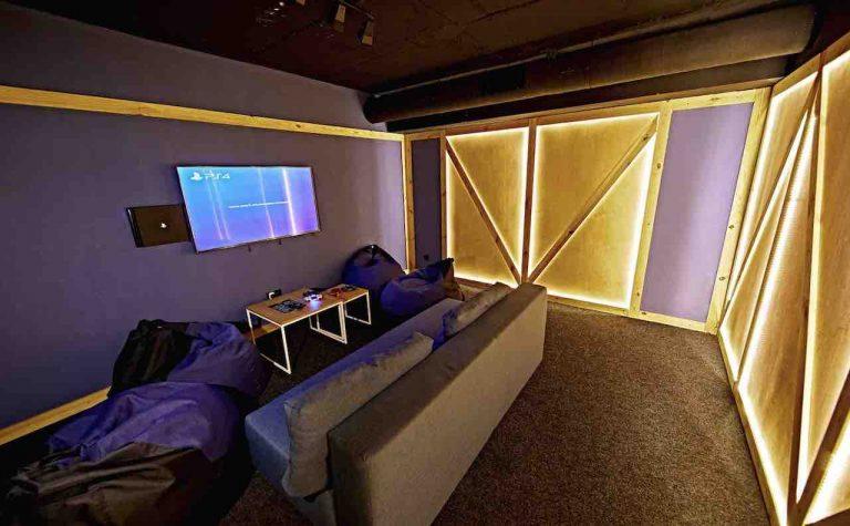 loft game bar room box artema 2-min