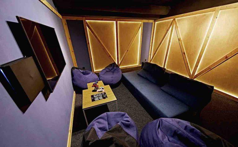 loft game bar room box artema 3-min