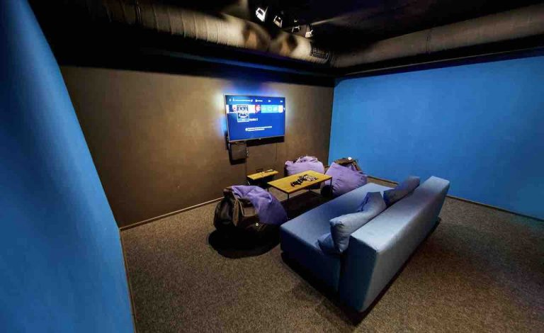 loft game bar room light artema 2-min