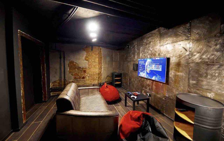 loft game bar room steel artema 2-min