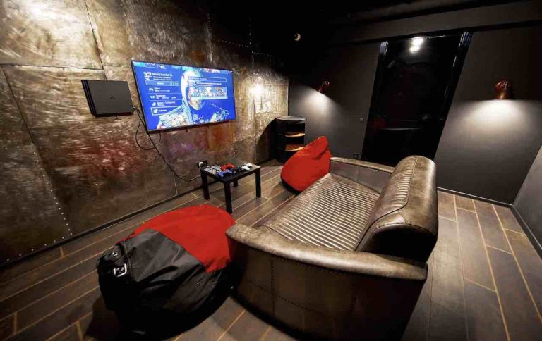 loft game bar room steel artema 3-min