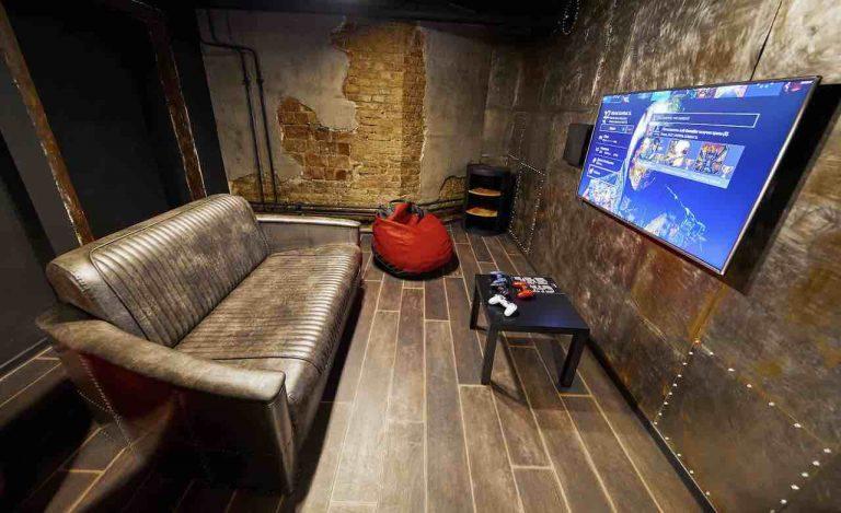 loft game bar room steel artema 5-min